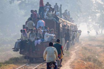 Единственный поезд Непала