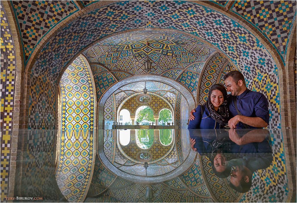 Iran - Отражения в дворце Голестан в Тегеране
