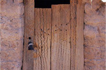 Индейцы делают дома из глины и древесины кактуса. Аргентина