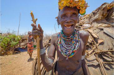 Бабуля из племени Дасанеч. Эфиопия