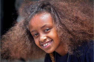 Девочка на улице Аддис-Абебы