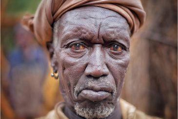 Старик из племени Консо