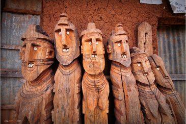 Старинные идолы племени Консо. Эфиопия