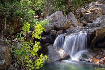 Горная речушка в горах Муланже