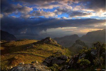 Простор и вечерний свет в горах Малави