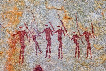 Древние рисунки народа сан в скалах на границе Мозамбика и Зимбабве