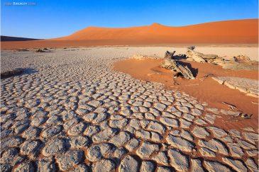Пустынные пейзажи Соссусфлея (пустыня Намиб)