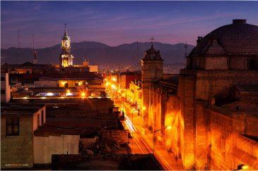 Улицы вечерней Арекипы. Перу