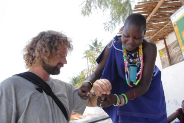 Масайские сувениры на острове Занзибар