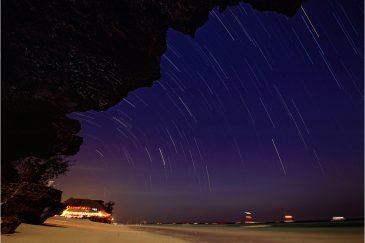 Ночь на пляже Нунгви (север о. Занзибар)