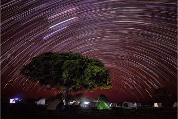 Палаточный лагерь возле кратера Нгоронгоро