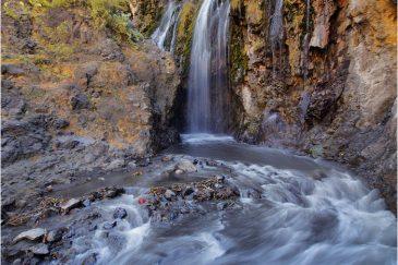 Водопад возле деревни Нгаре Серо (оз. Натрон)