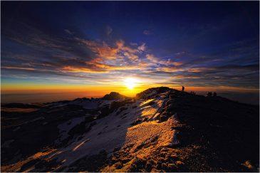 Восход солнца на вершине Килиманджаро