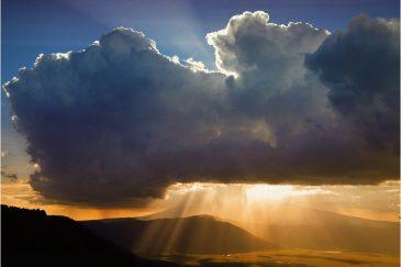 Закат над кратером Нгоронгоро