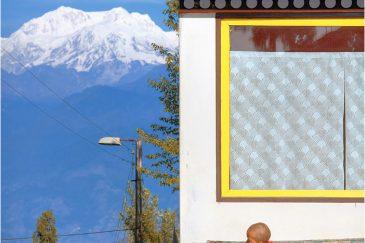 Монастырь в Намчи (Сикким) и снежная Канченджанга
