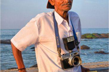 Коллега фотограф в Каньякумари - самой южной точке Индии