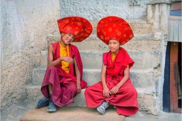 Молодые монахи монастыря Ламаюру, Ладакх. Индия