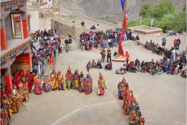 Церемония Цам в монастыре Ламаюру. Ладакх. Индия