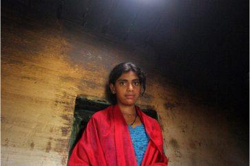 Девушка из племени тоддов в горах Нилгири, штат Тамилнаду. Индия