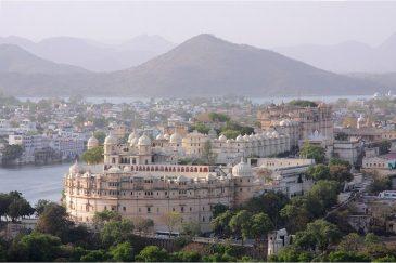 Городской дворец в Удайпуре, штат Раджастан. Индия