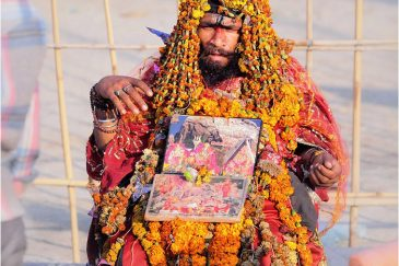 Что-то с чем-то на фестивале Кумбха-Мела. Индия