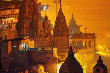 Храмы ночного Варанаси. Индия