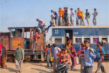 Поезд приехал. Станция Джанакпур!