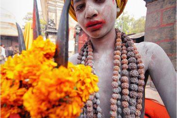 Молодой садху на празднике Шиваратри в Пашупатинатхе