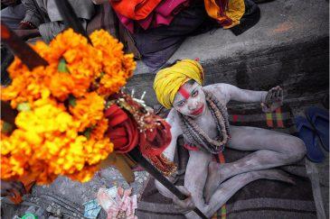 Молодой садху в Пашупатинатхе