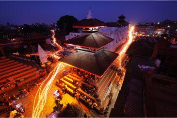Ночная площадь Дурбар в Катманду