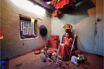 Живая богиня Кумари в Патане