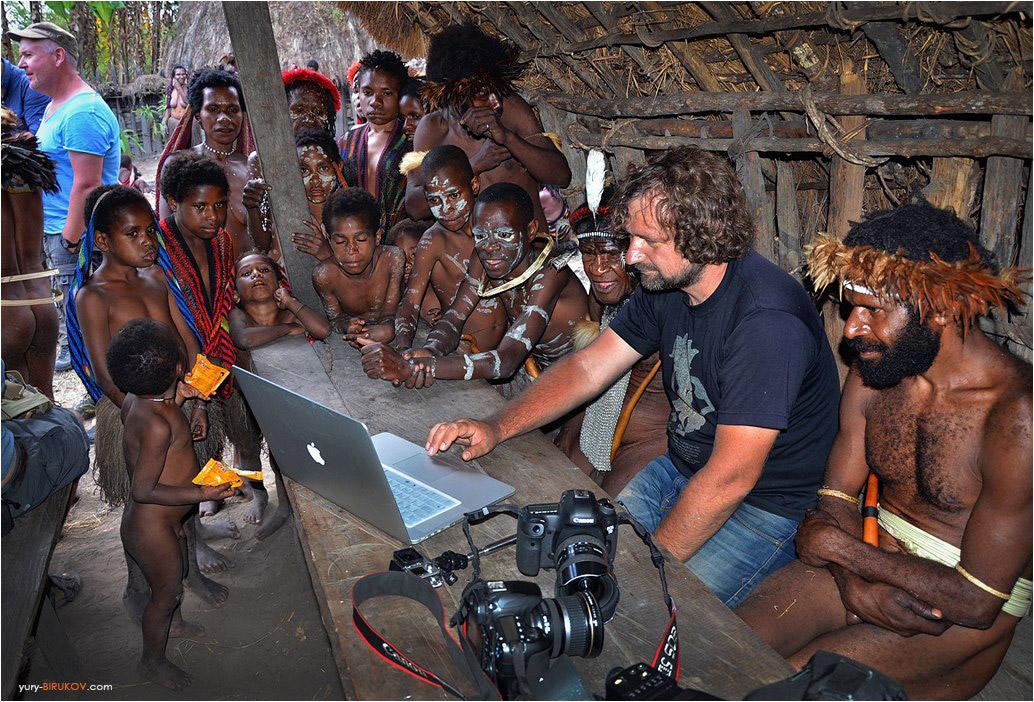 С папуасами на острове Новая Гвинея, Индонезия