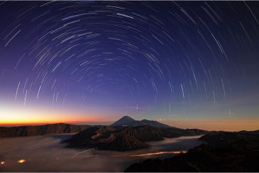 Вулкан Бромо на рассвете. Остров Ява