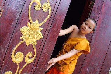 Монах в Луанг Прабанге