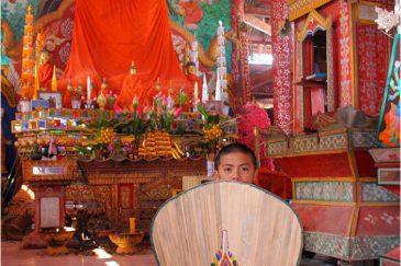 Монастырь в городке Луанг Намтха