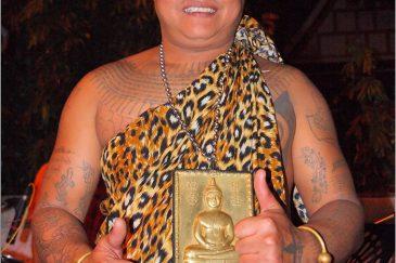 Известный персонаж бангкокской улицы Сои Рамбутри