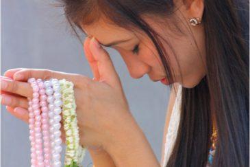 Молитва в тайском храме