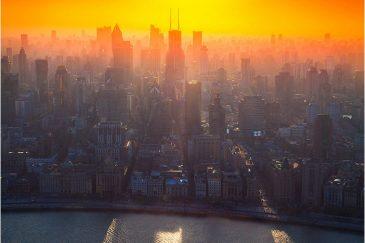 Шанхай в оранжевом фильтре