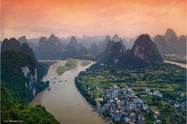 Река Ли и скалы в провинции Гуанси
