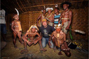 Домик папуасов в деревне Восилимо в долине Балием