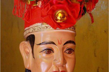 Странные боги храмов Сайгона
