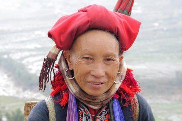 Женщина народности Красные Зяо