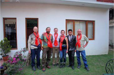 Проводы нашей команды в аэропорт Катманду