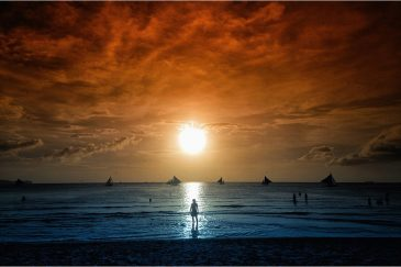 Закат на пляже острова Боракай
