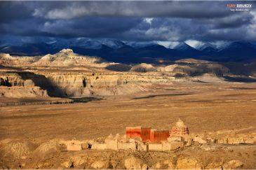 Пустынные пейзажи королевства Гуге, Западный Тибет