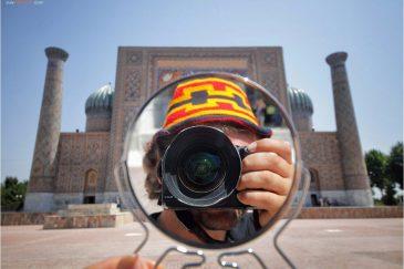 Автопортрет на площади Регистан в Самарканде